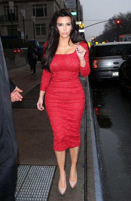 армянские звезды в красном платье фото